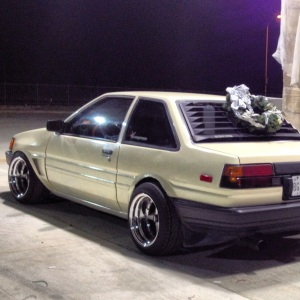 Just look at that rear fitment... NOT CUTE
